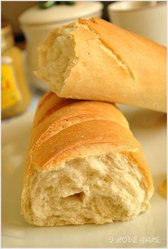 bagietka-francuska-1 Polish Recipes, Bread Rolls, Rustic Kitchen, Bon Appetit, Food And Drink, Appetizers, Menu, Baking, Health