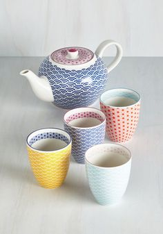 Oolong Time Coming Tea Set - From the Home Decor Discovery Community at www.DecoandBloom.com