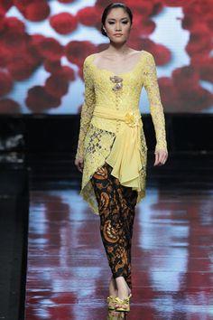 Jakarta Fashion Week 2012 - Yasra Kebaya Lace, Kebaya Brokat, Batik Kebaya, Kebaya Dress, Beanie Boos, Kebaya Masa Kini, Modern Kebaya, Indonesian Kebaya, Jakarta Fashion Week