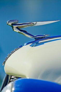 "1935 #Auburn ""Goddess"" Hood Ornament #coolcars QuirkyRides.com"