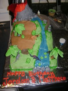 Dinosaur Cake Made for Boys 2nd and 4th birthday