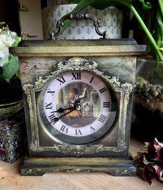 Alice in Wonderland Clock. Alice looking glass. by RubyAliceandMe