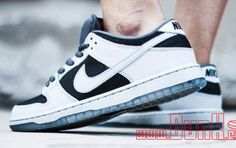 premium selection 02555 2f908 More images of the Atlas x Nike SB Dunk Low