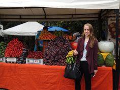 Bogotà Usaquen Flea Market.esas mangostinos maduras...