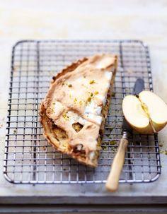Tarte meringuée pommes râpées et pistaches pour 6 personnes - Recettes Elle à Table - Elle à Table