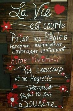 La vie... - Arc en Si Elles Positive Mind, Positive Words, Positive Attitude, Love One Another Quotes, Quote Citation, French Quotes, Sweet Words, Good Morning Quotes, Good Vibes Only