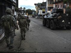 Philippine Soldiers and Marines clearing the streets of Marawi city of ISIS-linked militants from the Maute and Abu Sayyaf Salafi jihadist groups, on May 2017 in Marawi city, southern Philippines, during the Battle of Marawi. Philippine Army, Marines, Soldiers, Philippines, Monster Trucks, Battle, Southern, Military, Street