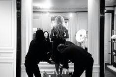 Gaga getting ready.