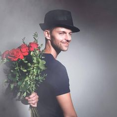 Аромат романтика - Single by Alexander Katlin Bring Back Lost Lover, Bring It On, Black Magic Love Spells, Flowers For Men, Valentine Gifts For Husband, Personalized Valentine's Day Gifts, Sales Strategy, Fashion Today, Gift Store