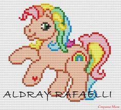 schema punto a croce my little pony Cross Stitch Horse, Unicorn Cross Stitch Pattern, Cross Stitch For Kids, Cross Stitch Animals, Pony Bead Patterns, Beading Patterns, Loom Patterns, Loom Beading, Plastic Canvas Crafts
