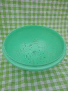 Vintage Tupperware Colander Jadeite Green. Still use it