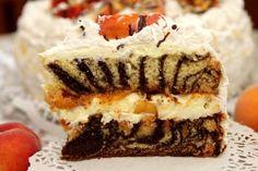 Mramorová torta s broskyňami