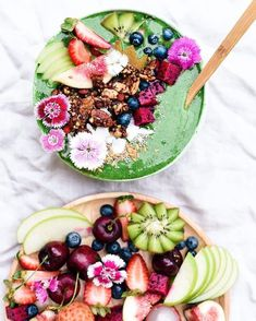 The fruit life  crunchy choc nutty-nola from my EBOOK on top of a very green smoothie now that is eating everything in moderation  get the recipe for this wholesome (and dangerously delicious) granola in my EBOOK  link in my bio  Every ingredient for the granola can be found at your local @thesourcebulkfoods waste free whole & bulk foods store (they have 25 around Australia)  #TheWholesomeLife #EatMorePlants by elsas_wholesomelife ♡