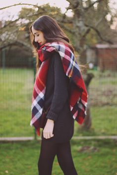 Scarf | Tartan | Checkered | Plaid | Red, White and Navy