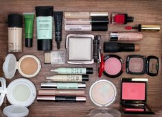 Beauty Bag Canada Video http://www.magi-mania.de/beauty-case-confessions-iii-foundation-concealer-blush-co/