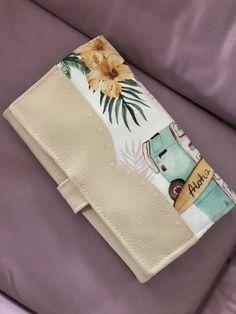 Compagnon Complice en simili crème et imprimé plage cousu par Jessica - Patron Sacôtin