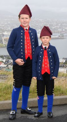 Crown Prince Frederik and Crown Princess Mary and their children pause for a photo in Torshavn at the start of their 4 day visit to The Faroe Islands Denmark Royal Family, Danish Royal Family, Crown Princess Mary, Prince And Princess, Cousins, Prince Christian Of Denmark, Danish Prince, Kingdom Of Denmark, Prince Frederick