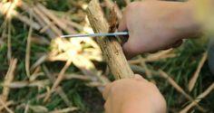 Zwille, Schwert und Holunderperlen – Basteln mit Stöcken | re:BLOG
