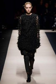 No. 21 Fall 2015 Ready-to-Wear Fashion Show: Complete Collection - Style.com