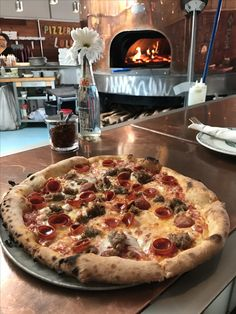 Pizzeria Lola Minneapolis, MN