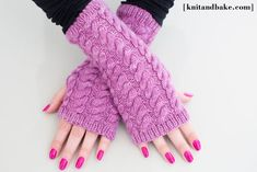 Ravelry: Cabled Fingerless Gloves pattern by Diana Levine Knit And Crochet Now, Easy Crochet, Free Crochet, Crochet Wrist Warmers, Hand Warmers, Fingerless Mitts, Knitting Socks, Knitting Needles, Mitten Gloves