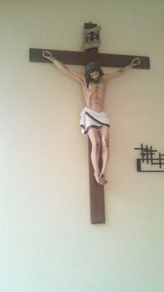 Cristo Crucificado: Mi Dios y mi todo.