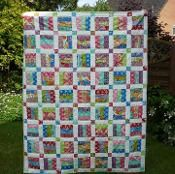 Easy Jelly Roll Quilt Pattern - 6 sizes  - via @Craftsy