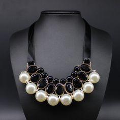 新しい気質大きな模造真珠樹脂ネックレス & ペンダント リボン声明ネックレス女性の襟の宝石ギフト パーティー