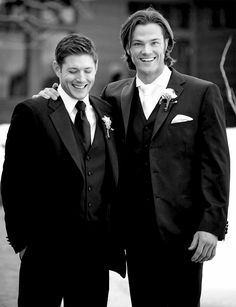 Supernatural - Jared Padalecki and Jensen Ackles at Jared's wedding.