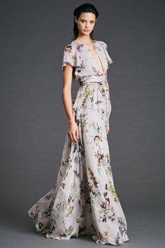 Dennis Basso Pre-Fall 2017 Fashion Show Collection: See the complete Dennis Basso Pre-Fall 2017 collection. Look 13 Fashion 2017, Love Fashion, Runway Fashion, High Fashion, Fashion Show, Autumn Fashion, Fashion Looks, Fashion Design, Womens Fashion