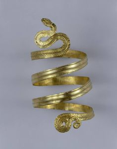 Спиральный золотой браслет в виде Змеи. Древняя Греция. 3 в. до н. э. Россия, Краснодарский Край. Таманский полуостров.