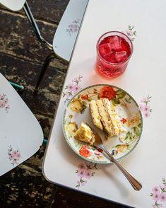Συνταγή: Νουγκατίνα - Gastronomos.gr Creme, Desserts, Food, Instagram, Chocolate Fondant, Fruit Salad, Pie, Tailgate Desserts, Deserts