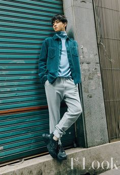 Busy bee Astro's Cha Eun Woo jumped straight right into a photoshoot in collaboration with BMS France and Look magazine after filming My ID is Gangnam Beauty. Cha Eun Woo, Hot Korean Guys, Korean Men, Asian Men, Asian Actors, Korean Actors, Cha Eunwoo Astro, Ahn Jae Hyun, Lee Dong Min