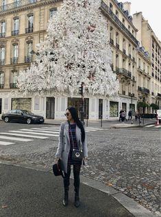 Dior Paper Christmas Tree Window Decoration #Dior #parisfashion #diorparis #diorchristmastree #diorama #myphotography #myphoto #fashion #travel #wanderlust #iloveparis #fashionphotography I Love Paris, Diorama, Paris Fashion, My Photos, Fashion Photography, Wanderlust, Window, Christmas Tree, Decoration