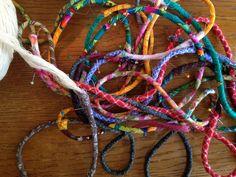 korg Bra Hacks, Textiles, Friendship Bracelets, Projects To Try, Basket, Bra Tips, Sewing, Diy, Fiber