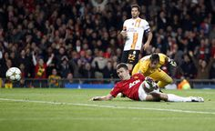 Man Utd Galatasaray – Shaky Start For Red Devils As Carrick Strike Secures Old Trafford Victory (Photos & Highlights) Michael Carrick, Old Trafford, Champions League, Manchester United, Victorious, Wednesday, Goal, The Unit, Hero