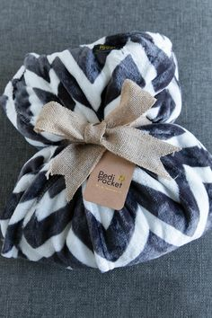 Cozy Holiday Gift Ideas w. PediPocket PediPocket Blanket Cozy Holiday Gift Idea The post Cozy Holiday Gift Ideas w. PediPocket appeared first on Blanket Diy. Housewarming Gift Baskets, Diy Gift Baskets, Blanket Basket, Bf Gifts, Fuzzy Blanket, Warm Blankets, Faux Fur Throw, My New Room, Holiday Gifts