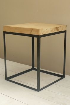 Mesa Cubo . Multilaminado. Hierro, Pintura Exterior - $ 1.200,00 en MercadoLibre