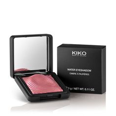 KIKO MAKE UP MILANO: Water Eyeshadow - instant color eyeshadow, wet and dry use. Shameless Maya uses this product. I will get this soon!