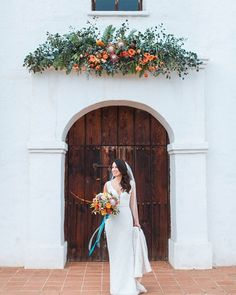 Colorful wedding done right with these  GORGEOUS flowers  #photography by @kielrucker #wcvendor #weddingchicksvendor • • •  Wedding Flowers and Floral Design by @cocorosedesign  Day of Coordination by @amsentertainment  Vintage rentals by @otisandpearl  Rental by @thetentmerchant  Craft beer by @travelintaps  Churros by @_fernandos_churros  Transportation by @rockstartrans #santabarbaraweddingphotographer #sbweddings #elpresidiowedding #dayofcoordination #weddingflowers #f...
