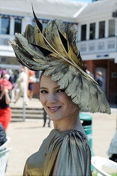 Kentucky Derby Craziest racing hats ever - NY Daily News - Philip Treacy Fascinator Hats, Fascinators, Headpieces, Royal Ascot Hats, Feather Hat, Crazy Hats, Pamela, Derby Day, Fancy Hats