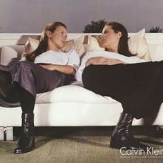 2017/02/15 04:03:41 house.of.pre_loved Happy Valentine's Day! Kate Moss and Christy Turlington for Calvin Klein, Fall 1998. #fashion #vintage #supermodel #photoshoot #photography #editorial #campaign #highfashion #valentines #happyvalentinesday #girlpower #love #allformsoflove #katemoss #christyturlington #calvinklein