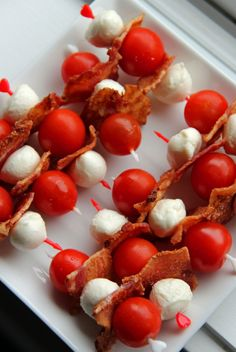 Jo and Sue: Canadian Red, White & Bacon Skewers (And a Watermelon Beaver) Canadian Party, Canadian Bacon, Canadian Food, Canadian Snacks, Canadian Recipes, Bacon Appetizers, Appetizer Recipes, Fancy Appetizers, Canada Day Party
