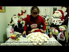 7 Tipos de barbas de Papá Noel- Santa Claus - Viejo Pascuero. A mano! - YouTube Christmas Collage, Soft Dolls, Felt Ornaments, Country Christmas, 3 D, Christmas Sweaters, Christmas Crafts, Youtube, Dyi Crafts