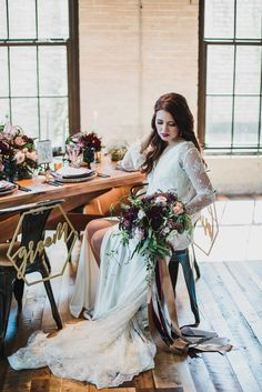 Get the Perfect Accent for your Wedding Table! Geometric Bride & Groom chair signs add extra glam to any sweetheart table | Photos courtesy of WeddingDay Magazine and Allen & Company Photography