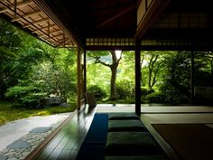 Japanese architecture- I want like this in my house. A place to play with my children. :-)
