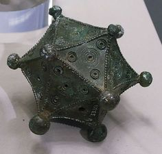 This two Dodecahedron and the Icosahedron (dated 2 - 4 A.D.) could therefor have played a role in a cult. But what kind of cult? More then hundreds of this kind of Platonic solids were exclusively(!) found in the foremost Celtic provinces in the Rhineland. Some of them were found in graves with weapons