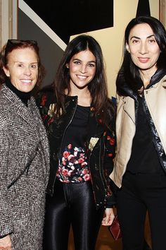 Julia Restoin Roitfeld in the middle
