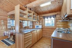 Hytta i Trysil er ikke til å kjenne igjen Cabana, Kitchen Island, Interior, Room, Furniture, Home Decor, Log Home, Island Kitchen, Bedroom