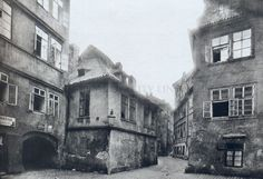 More than 150 houses, 4 streets and 2 unique synagogues disappeared in century during the huge Clearance of the Jewish City 4th Street, Street View, Frankenstein, Prague Old Town, Prague Cz, Jewish Ghetto, The Golem, History Photos, Night City